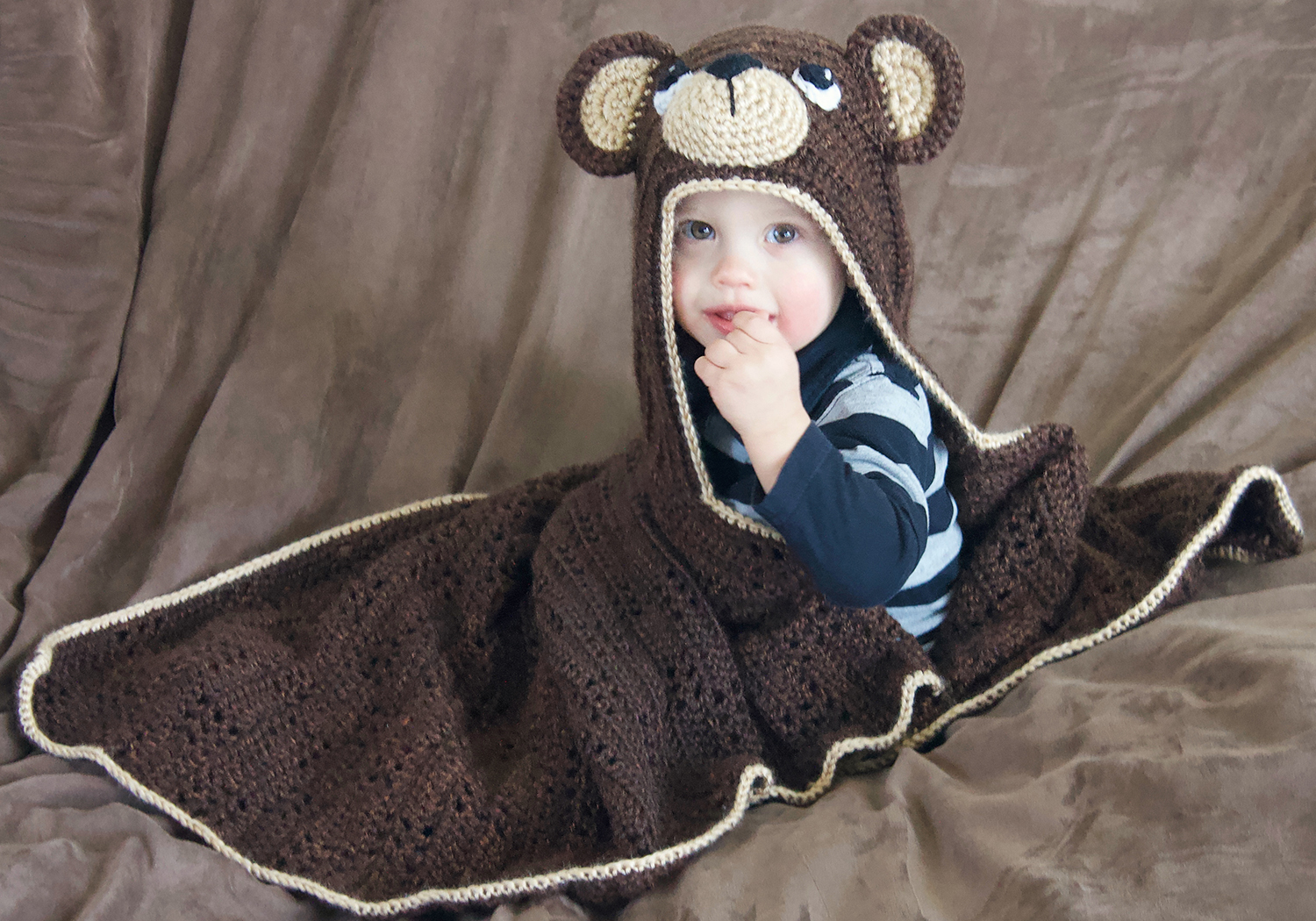 crochet teddy bear hooded blanket