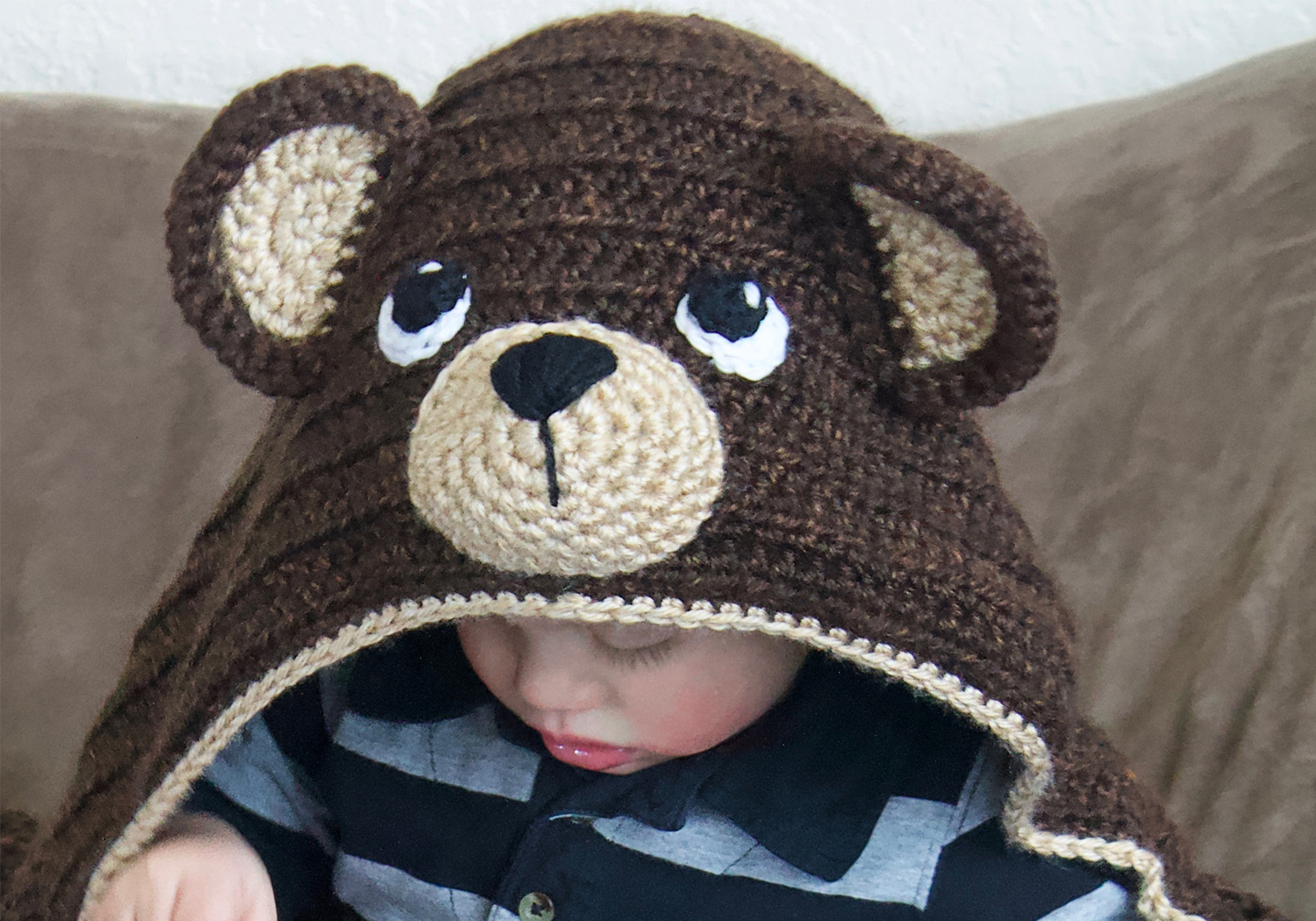 cute teddy bear hooded blanket