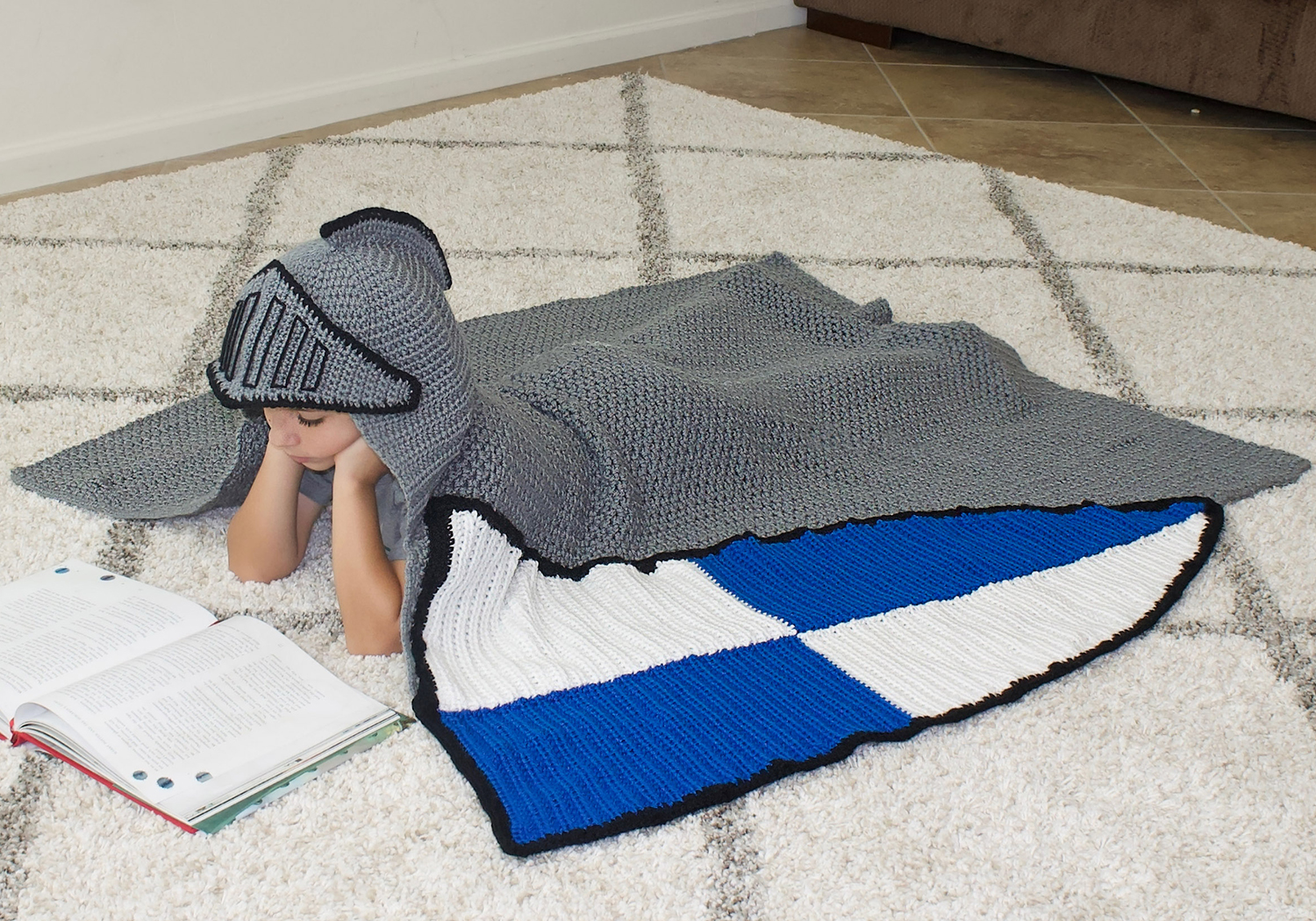 crochet knight blanket