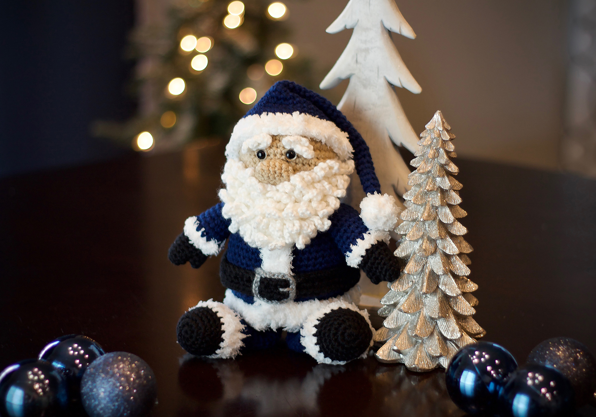 Santa Crochet Decor